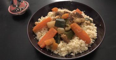 couscous complet avec viande et légumes