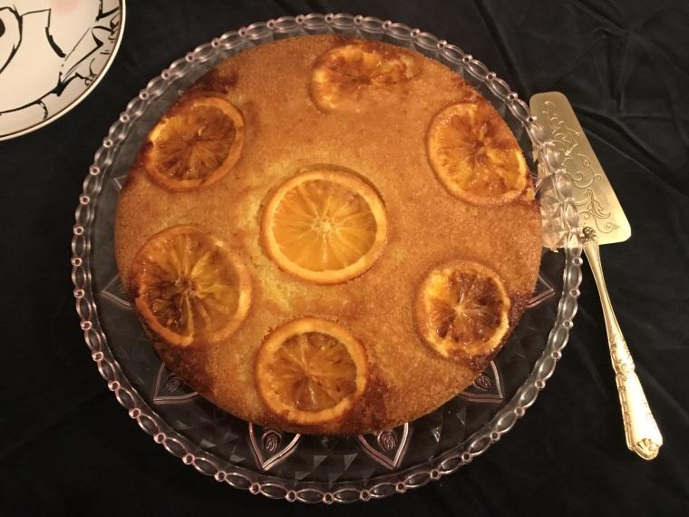 gâteau à l'orange avec rondelles visibles